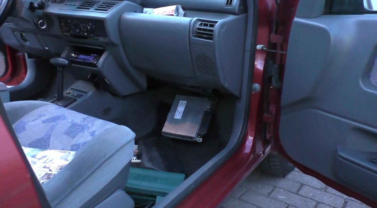 Steuergerät beim Renault Clio 1 Baujahr 1995 und 1996(Automatikgetriebe)